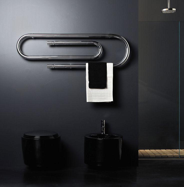 """Metamorfosi compiuta: da ingombrante, sprecone e anonimo elemento tecnico, il radiatore si è trasformato in """"risparmioso pezzo d'arredo"""". Dall'appeal irresistibile"""