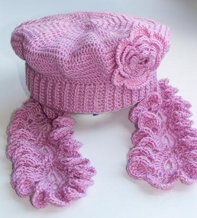 Crocheted hat and scarf - pretty -----------------------------BEBE DA DANI ------------------------