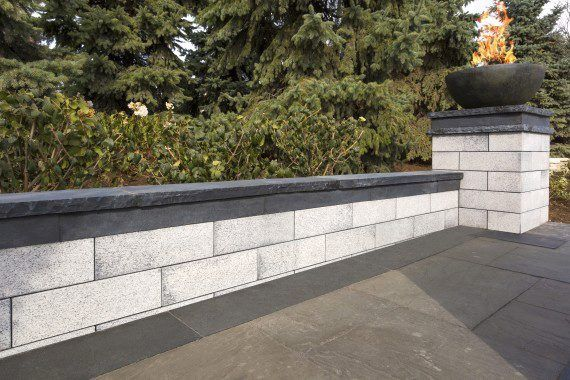 Unilock - Garden wall with Belmuro in Chicago