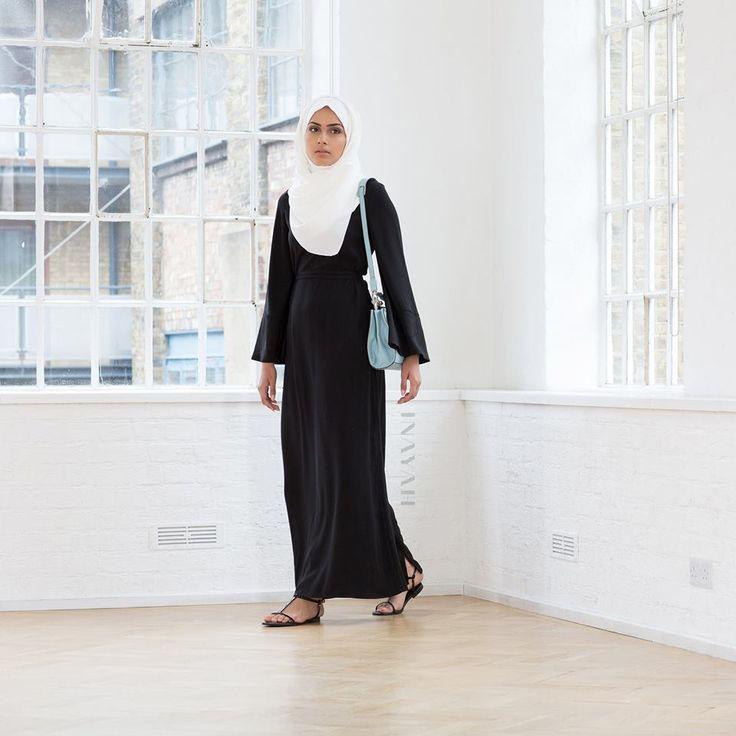 INAYAH | Tan Georgette #Hijab + White Cotton Shirt #Abaya #inayahclothing #modeststyle #modesty #modestfashion #hijabfashion #hijabi #hijabifashion #covered #Hijab #jacket #midi #dress #dresses #islamicfashion #modestfashion #modesty #modeststreestfashion #hijabfashion #modeststreetstyle #modestclothing #modestwear #ootd #cardigan #springfashion #INAYAH #covereddresses #scarves #hijab #style