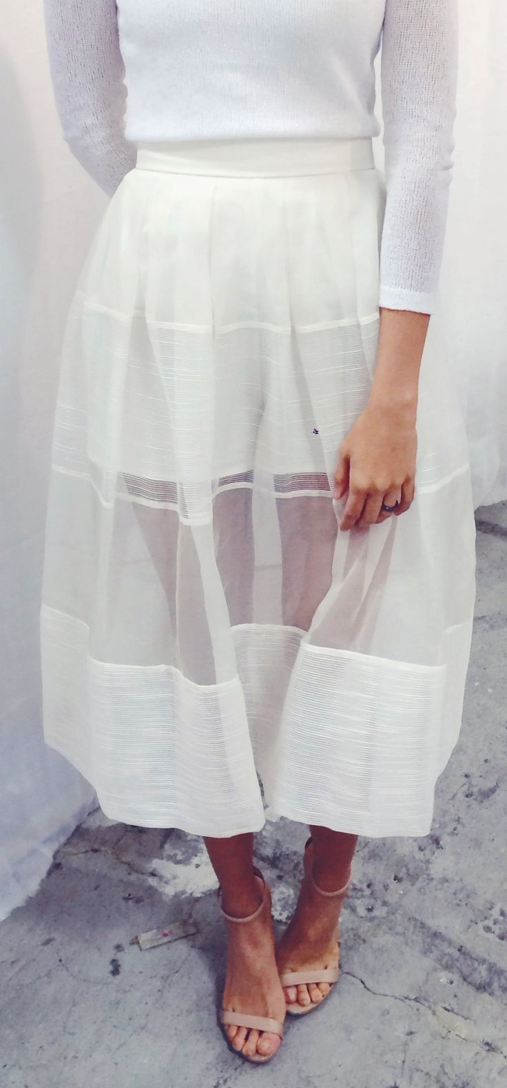 Ethereal and lovely summer evening look / sheer skirt and simple crew-t