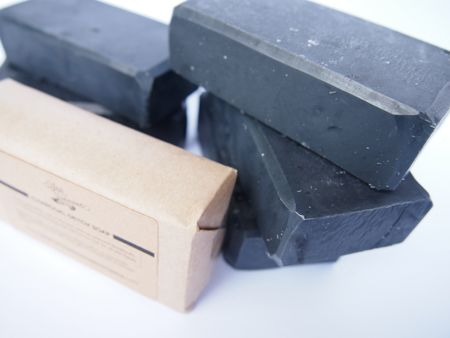 Acne soap: Charcoal, peppermint + cocoa butter