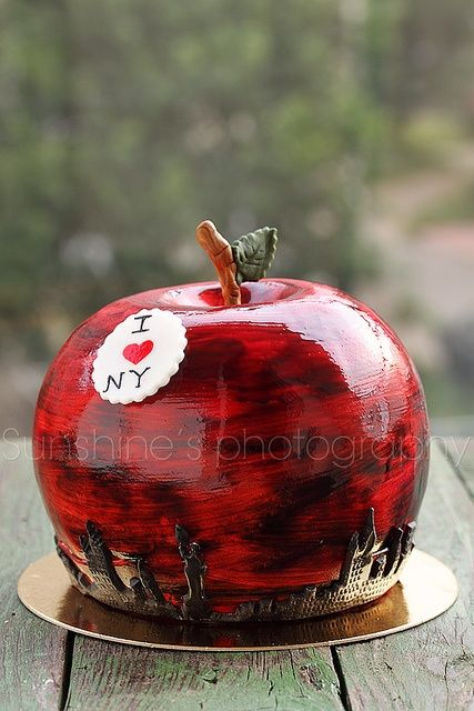 How great does this 'big apple' cake look? Another example of how you can adapt your food to the theme of your party