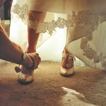 Silver wedding shoes with hearts