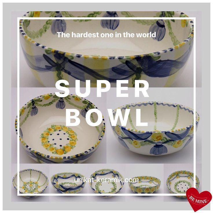 Touch down for real Super Bowl 😉@unikatkeramik #handpainted #tableware #brigittehernuss #homedesign #interior #unique #geschirr #superbowl