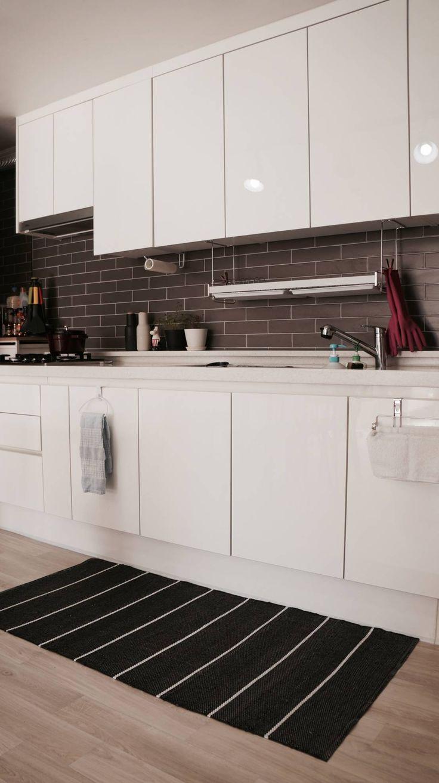 신혼집 20평대 self interior : 스칸디나비아 주방 by toki