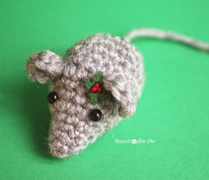 Twas the night before Christmas, when all through the house, Not a creature was stirring, not even a… crochet mouse! This teeny tiny crochet mouse is as cute as can be especially if you dress him up for the holidays… how about a little crochet santa hat?! A perfect tree ornament, present topper, or just a …