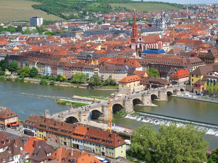 Alte Main Brücke, Würzburg Germany