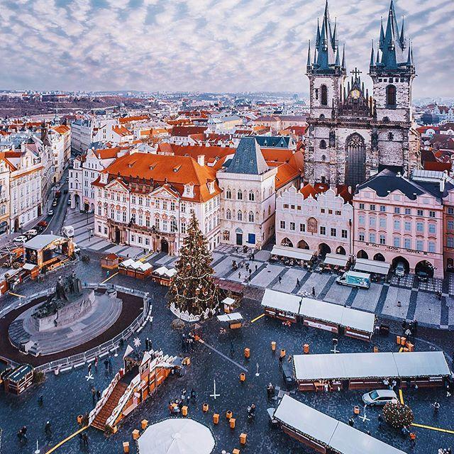 Сегодня у многих в мире - праздничные рождественские ужины, в том числе и в Праге. Так что: Happy Merry Christmas // Prague, Czech republic