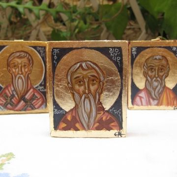 A Greek saint series that I wanted to make, to represent saints with Greek names, church fathers, theologians, hymnographers, Bishops and Hieromartyrs. I ve worked on small pieces to paint miniature carry-on icons that would make a very personal, very delicate -like a jewel- gift.