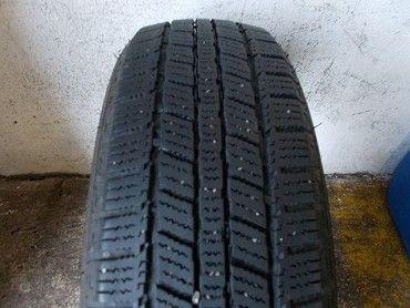 ID504 Prodám 2x zimní pneu 185/60/15 84T