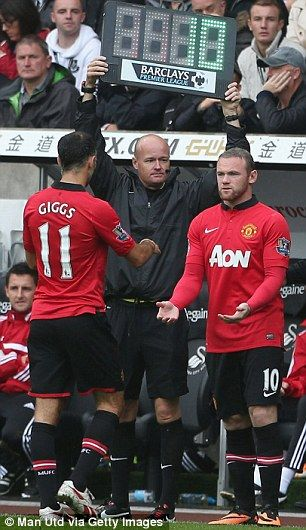 Wayne Rooney made his return to Manchester United first team duty