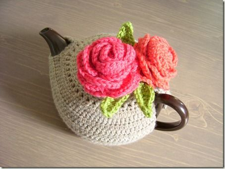 What a cutie from the blog http://cozymadethings.blogspot.ie/2012/04/sumptuous-tea-cozy.html#   <3        100_0445a