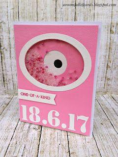 Μια ιδιαίτερη και πρωτότυπη shaker κάρτα με την ημερομηνία της βάφτισης της μικρούλας και το μάτι να τη φυλάει από το κακό!