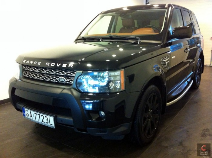 Range Rover - black matt + carbon