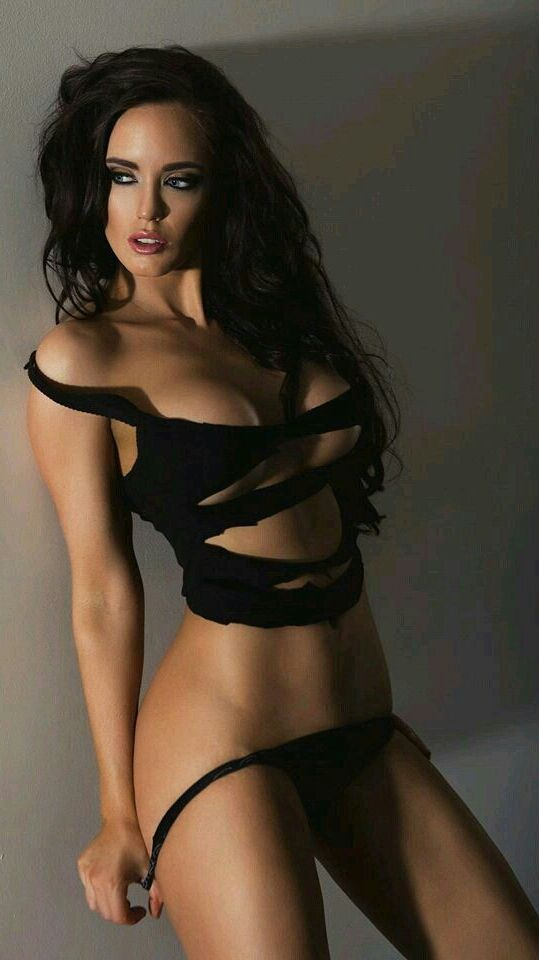 Pin on Sexy Brunettes..