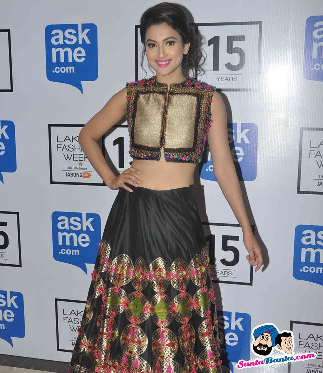 Guests at LFW Winter Festive 2015 -- Gauhar Khan Picture # 315755