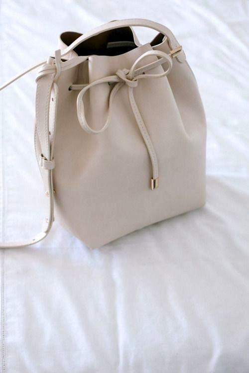 cream Mansur Gavriel bag #style #fashion #accessories
