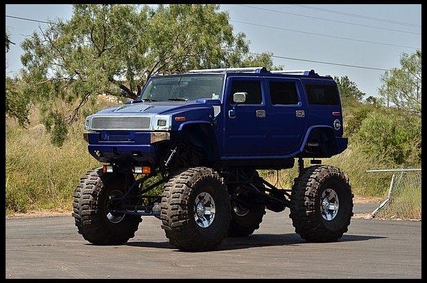 2003 Hummer H2   at Mecum Auction