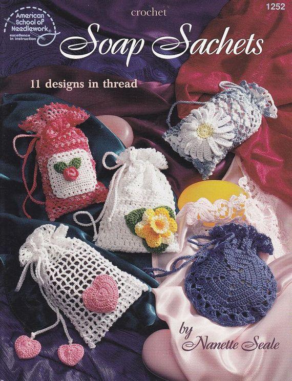 geurzakjes-zeepzakjes Sachet Crochet Patterns - 11 Soap Sachet Designs in Crochet Thread