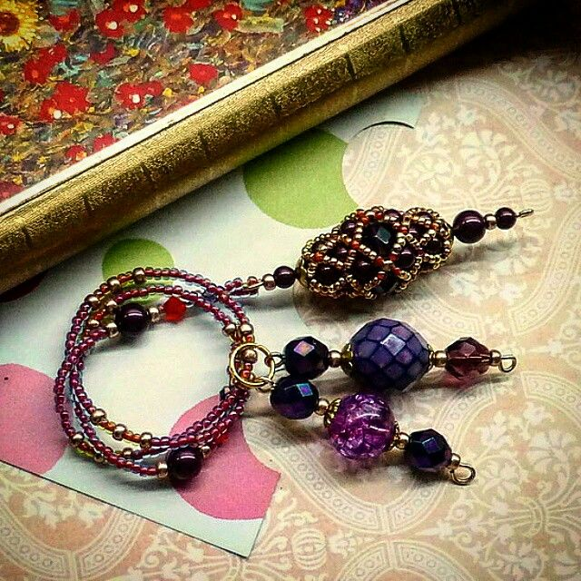Beaded bookmark #jaumanna #Beaded #beading #beads #embroidery #colorful #hippie #boho #bohemian #buy #forsale #fashion #shopping #tutorials #tutorial #creative #craft #design #designer #bracelet #bracelets #pendant #pendants #earrings #bookmark #bookmarks #brooch #brooches