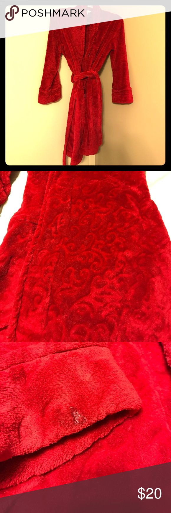 Red robe Very fluffy and soft red robe with swirling detail. Has one tiny burn mark on the right sleeve the size of a nickel. Otherwise in great shape! Charter Club Intimates & Sleepwear Robes