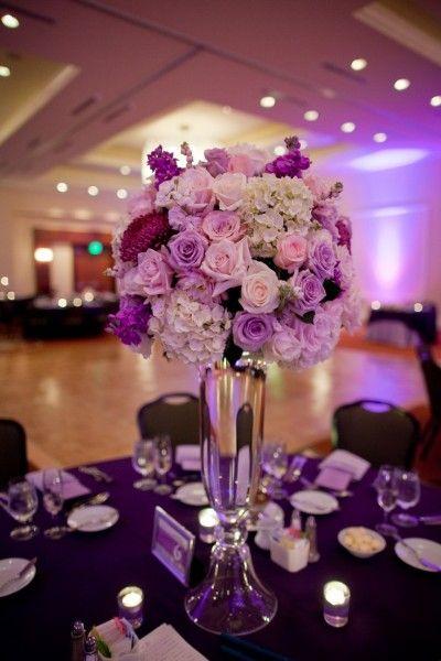 centre table haut mariage violet rose blanc pinterest