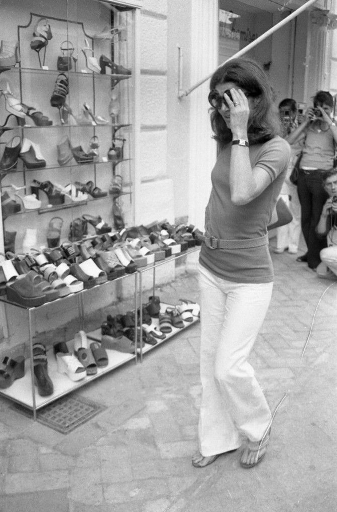 Jackie Kennedy Shoes: 2308 Best Images About Jackie Onassis On Pinterest