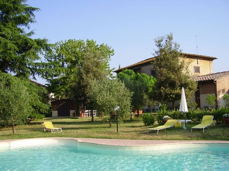 """House / Villa - """"Il boschetto"""" 5km far from Siena. Real coutryside, very peaceful near to Siena. With private swimmingpool and a wide garden that surrounds ..."""