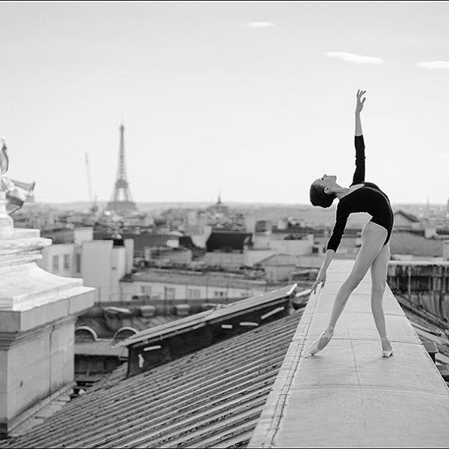 Tour Eiffel || by @ballerinaproject_ wearing @wolfordfashion #ballerinaproject #wolford #Paris #kathrynboren