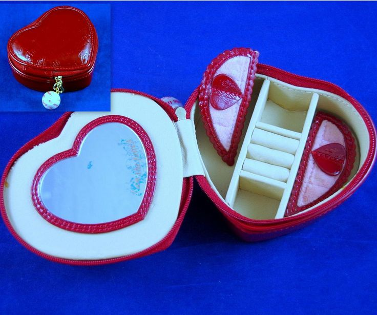 """JUICY COUTURE EMBOSSED RED PATENT LEATHER 5"""" HEART Travel Jewelry Box Bag -EUC 