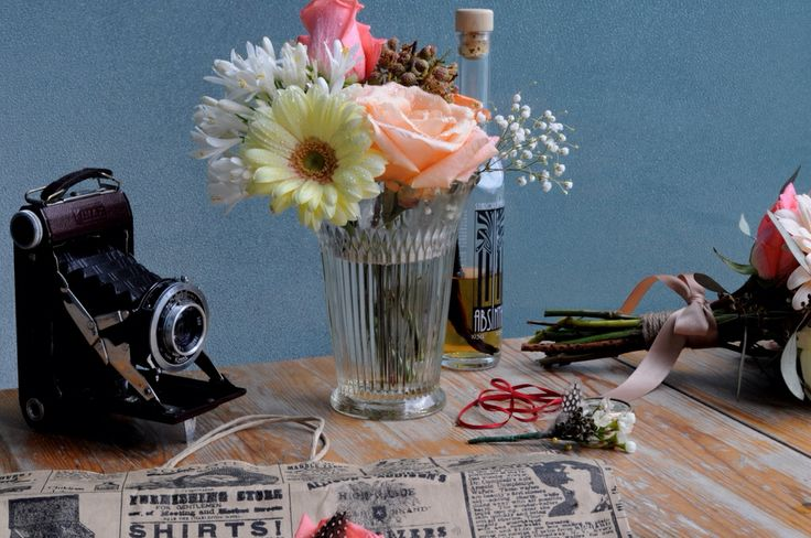 Vintage chic weddings for the creative minded couple