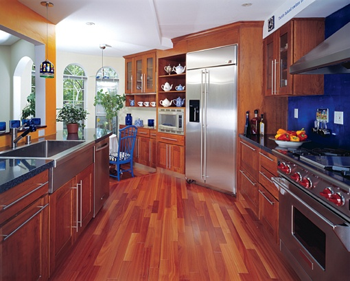 Hardwood Floor In A Kitchen: Recommended Or A Bad Idea?