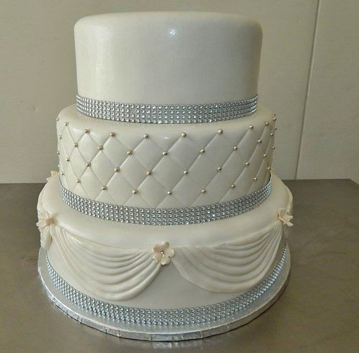 Cyprus Dream Weddings presents this stunning three tier classic and elegant wedding cake