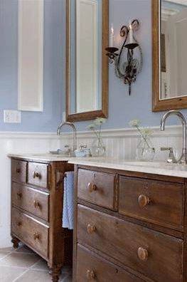 Using dressers for the base of a sink is brilliant. You can never have enough storage!