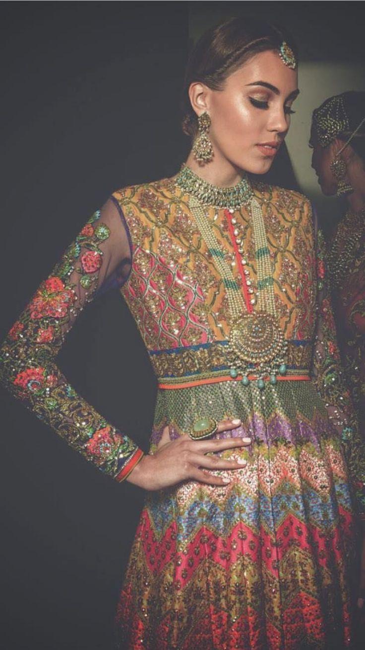 Pakistani couture Nomi Ansari