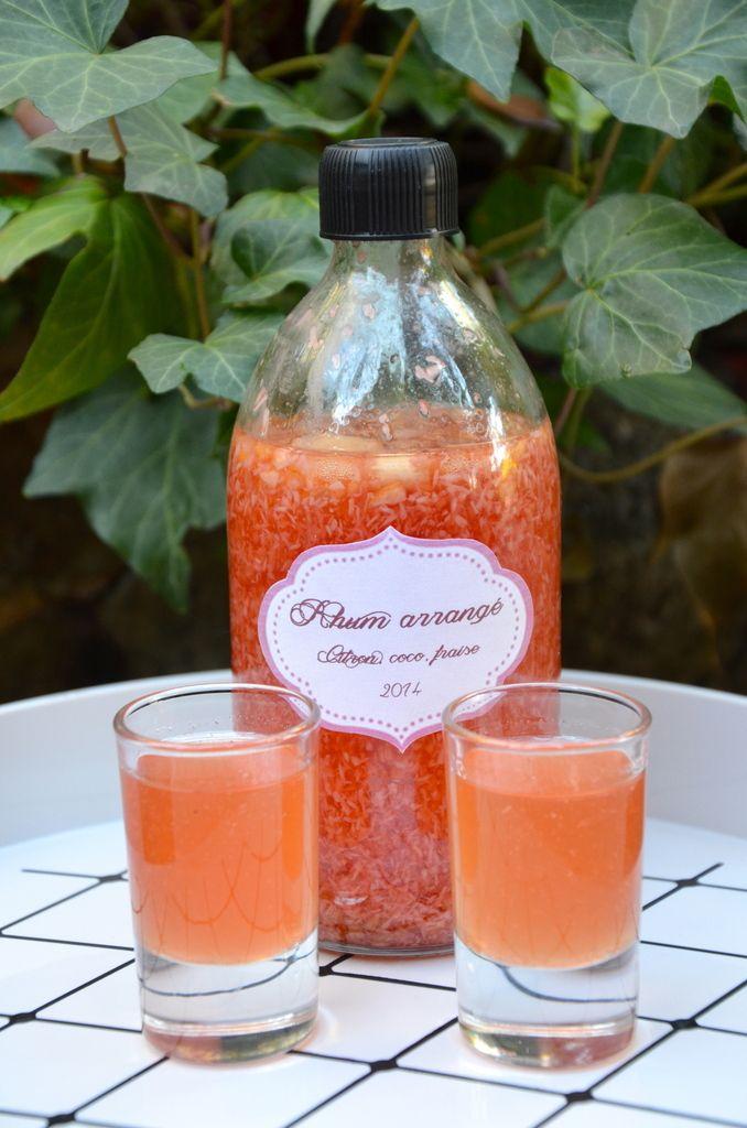 Rhum arrangé coco, citron, fraises tagada