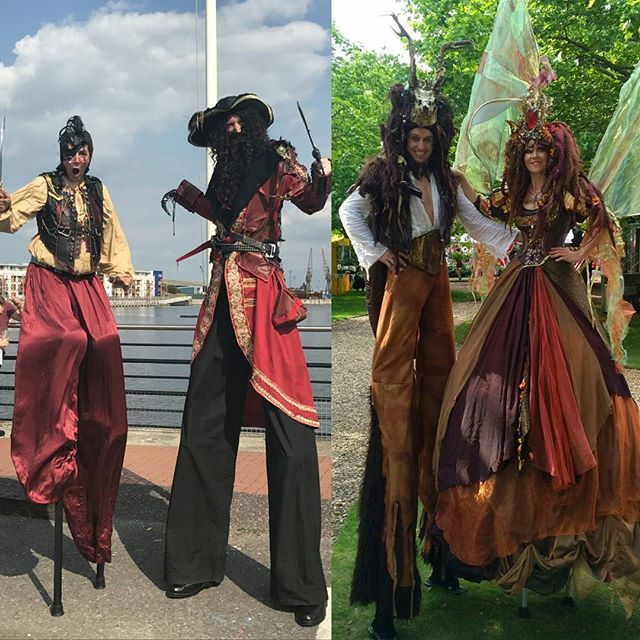 'One of the hottest days, and we're in our warmest costumes! Titania & Oberon, Hook and Smee. #ineedanicecream #feelinghot #pirates #captainhook #neverland #midsummernightsdream #faeries #eventprofs #circusarts #stiltwalkers #corporateentertainment #comedyentertainment #entertainment #walkaboutacts' by @dream_performance. What do you think about this one? @cateringontime @meetlosangeles @djreprise @bakerparty @wpcustomize @eventsbylany @sparkdevents @paisleyandjade @savourycity…