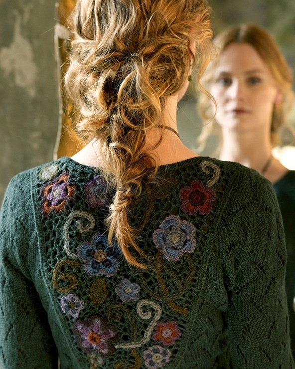 tricot + crochet....so pretty!! Wish I could crochet better!!