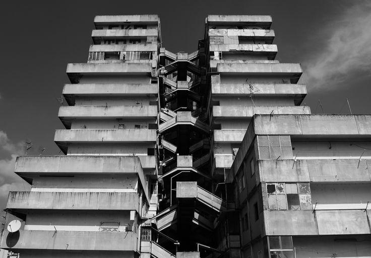 Vele a Scampia, Apartments, Naples