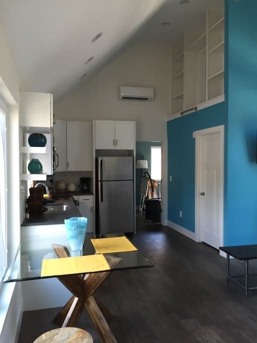 Tiny House Cleveland - Houses for Rent in Cleveland - Get $25 credit with Airbnb if you sign up with this link http://www.airbnb.com/c/groberts22