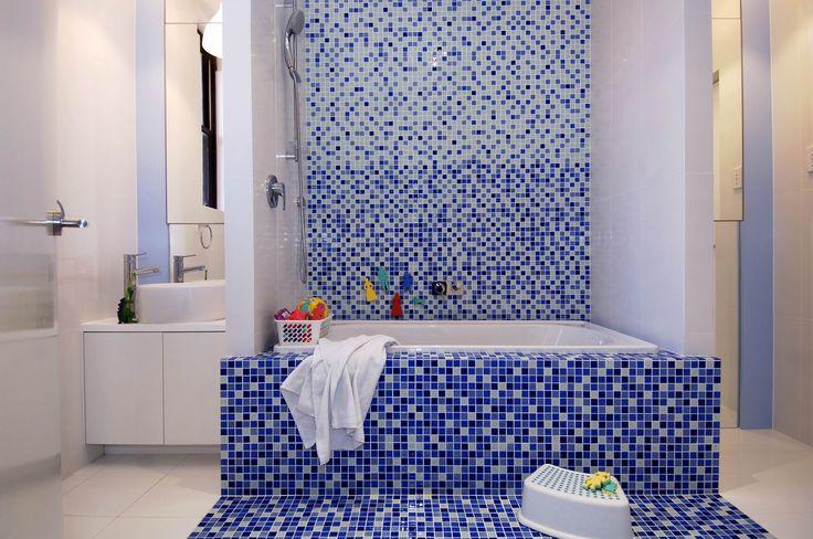 Kids bathroom featured in House and Garden Top 50 Rooms 2006. Brooke Aitken Design.