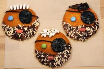 Party treat: Pirate cookies