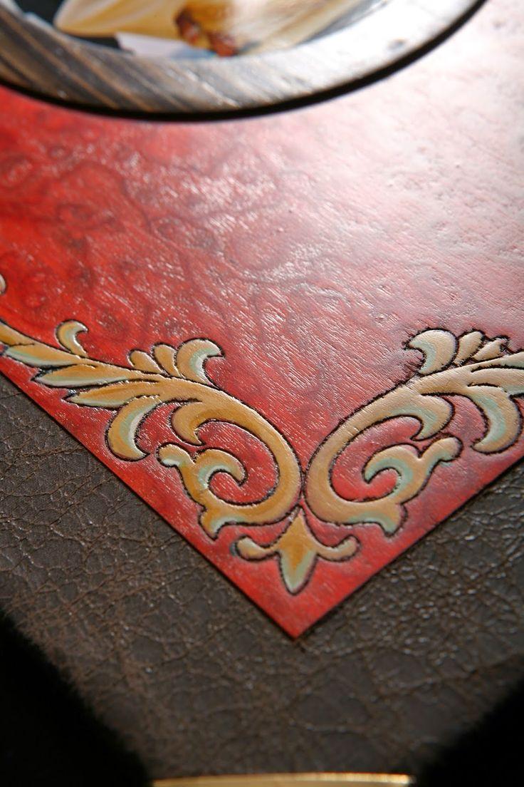 ΠΑΡΑΔΟΣΙΑΚΕΣ ΕΠΙΓΡΑΦΕΣ ΑΠΟ ΜΑΣΙΦ ΞΥΛΑ: ΕΞΩΦΥΛΛΑ ΑΛΜΠΟΥΜ ΓΑΜΟΥ . Με εξαιρετικές υφές ξύλου, Δερματόδετα και με άψογο φινίρισμα