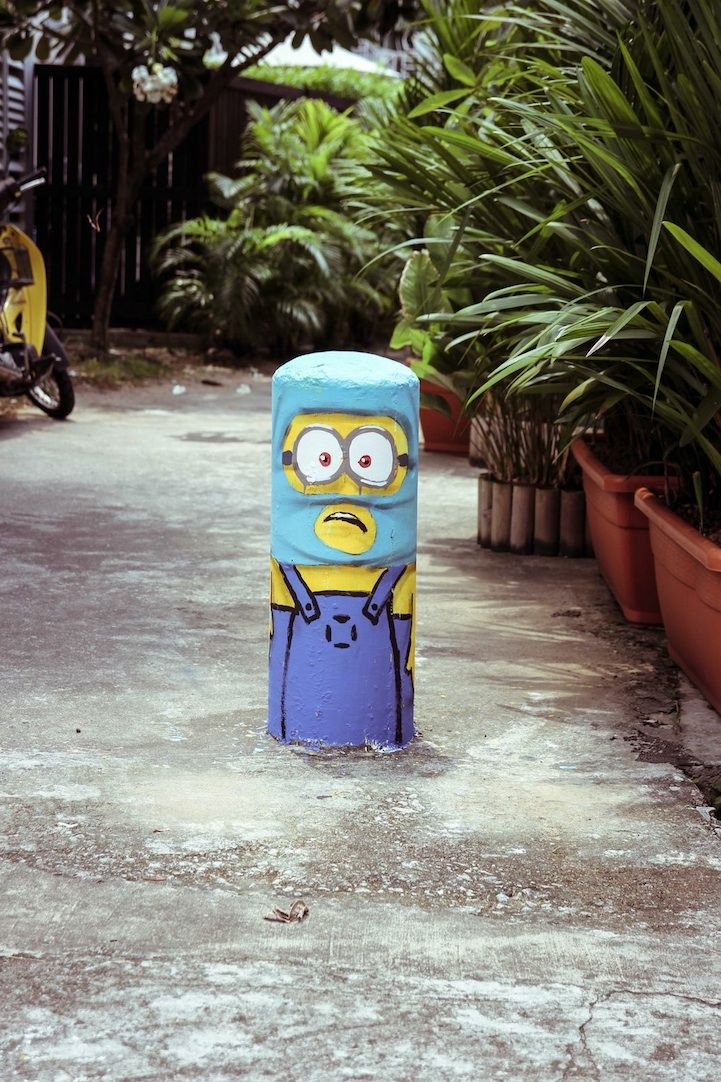 minions street art in singapore, by artist ernest zacharevic.
