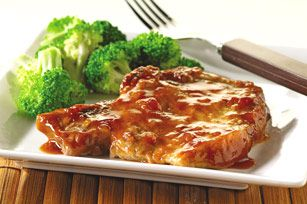 The Broccoli is a nice touch too.Saucy Baked Chops recipe
