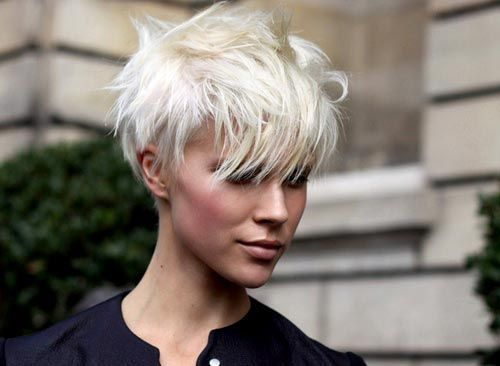 Undercut-hairstyle-women-short-hair1.jpg 500×366 pixels