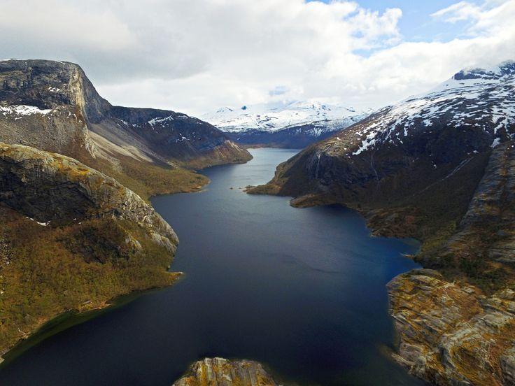 Børvatnet i Bodø sett ovenfra     http://www.tursiden.no/borvatnet-i-bodo-sett-ovenfra/