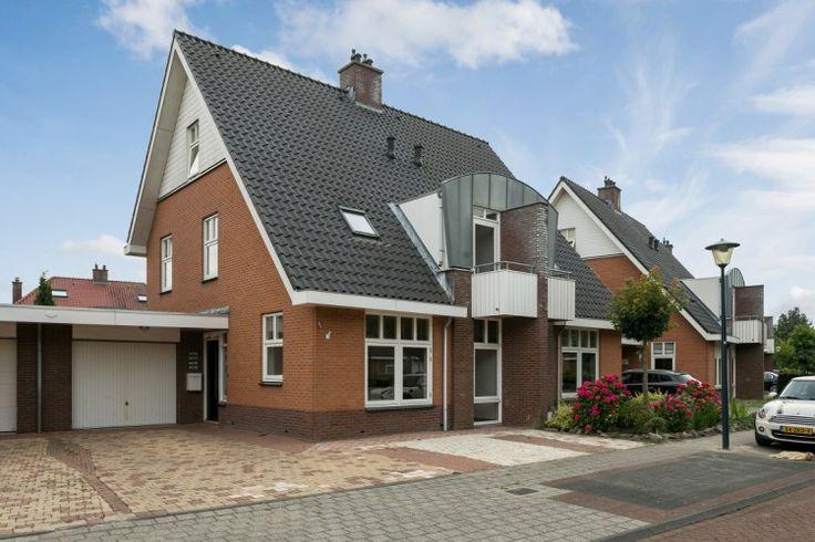 VERKOCHT ONDER VOORBEHOUD: Mari Andriessenhof 27, Hoorn - Westfries Goed Makelaars & Adviseurs