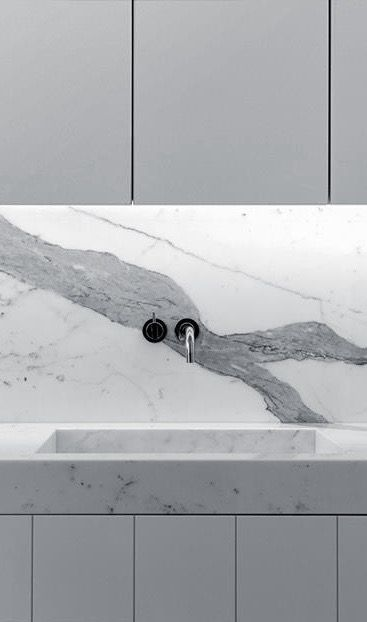 Modern kitchen interior design inspiration bycocoon.com | sturdy stainless…